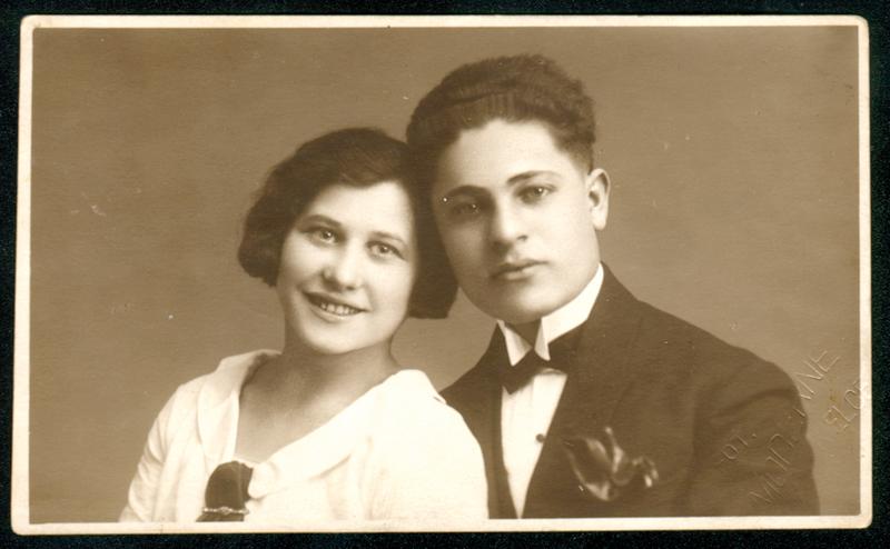 Tyla et Gimpel Sas en 1925 en Pologne. Archives familiales