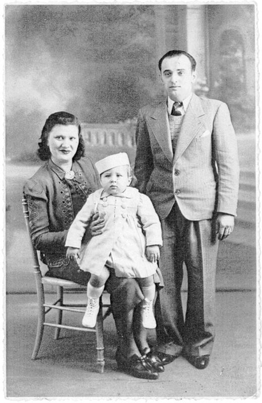 La famille Zajac, Gisèle et Aron avec leur fils Claude, né en mars 1939 (sd, sl). Archives familiales
