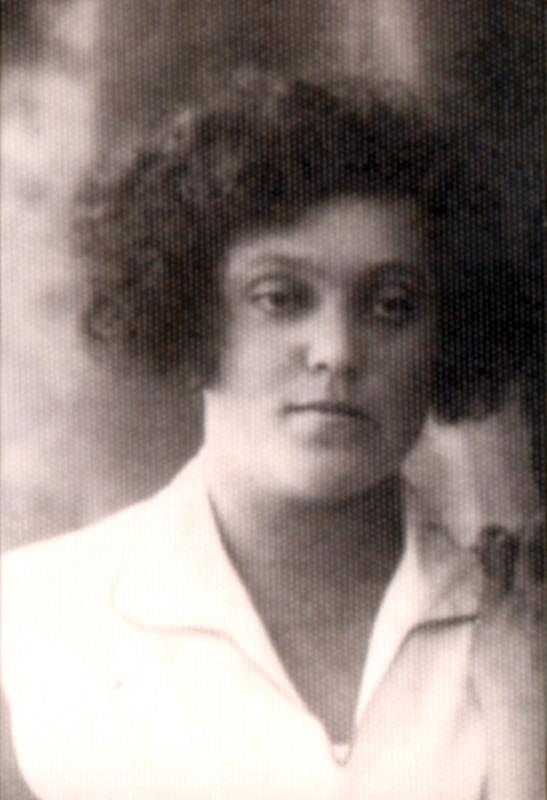 Sabina Handler, épouse de Pavel Deutsch, décédé en 1934 (sd, sl). Archives familiales