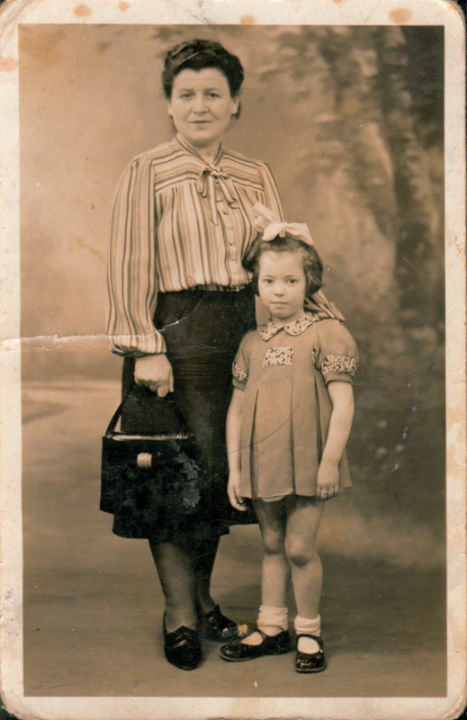 Bajla Grinstein et sa fille Suzanne (sd, sl). Archives familiales