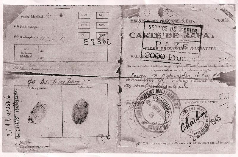 Carte de rapatrié et titre provisoire d'identité d'Abraham Kreps (recto) (juin? 1945). Archives familiales