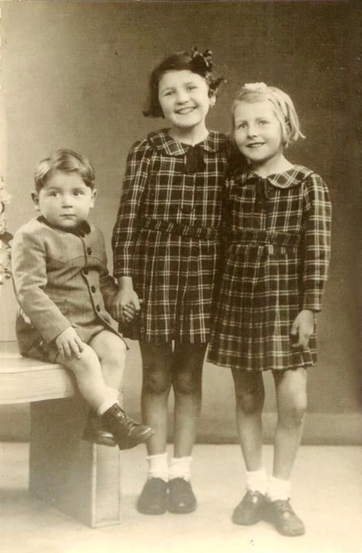 André, Charlotte et Paulette Storch (1942). Archives familiales