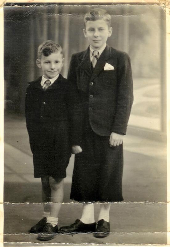 Jean (à droite) et Daniel Pfefer en 1940. Archives familiales