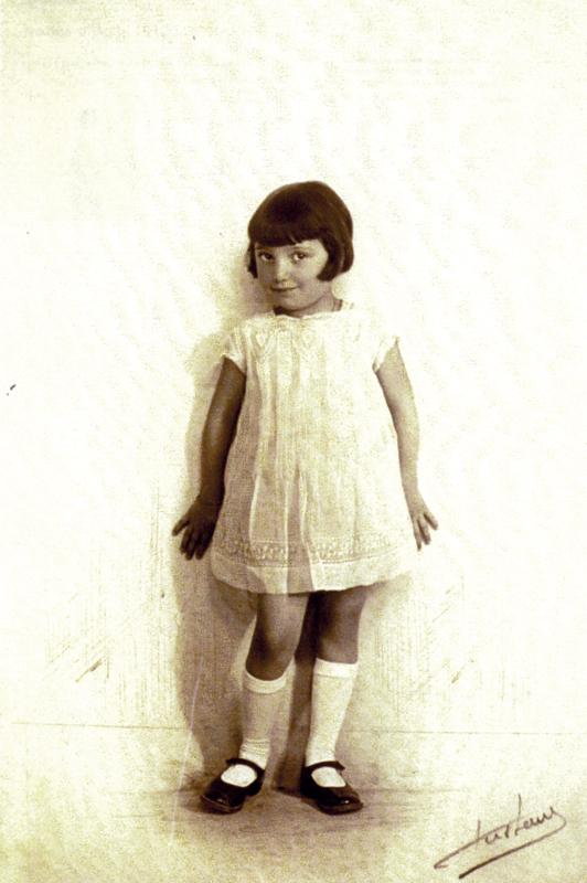 Jeanine Stickgold (1930, sl). Archives familiales