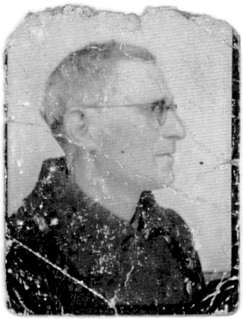 Ojzer Kawka à son retour de déportation (sd, sl). Archives familiales
