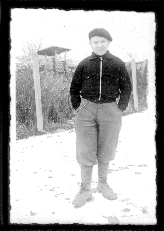 Michel Piernikarz au camp de Beaune-la-Rolande (hiver 1941-1942). Archives familiales