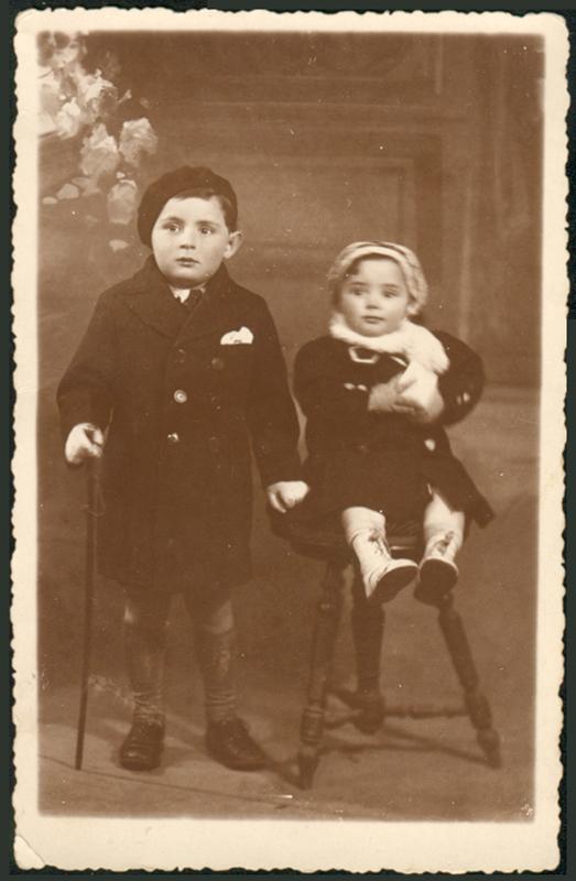 Les enfants de Raphaël et Nacha Bernard, Aristide et Madeleine, décédée à l'âge de 3-4 ans. Archives familiales