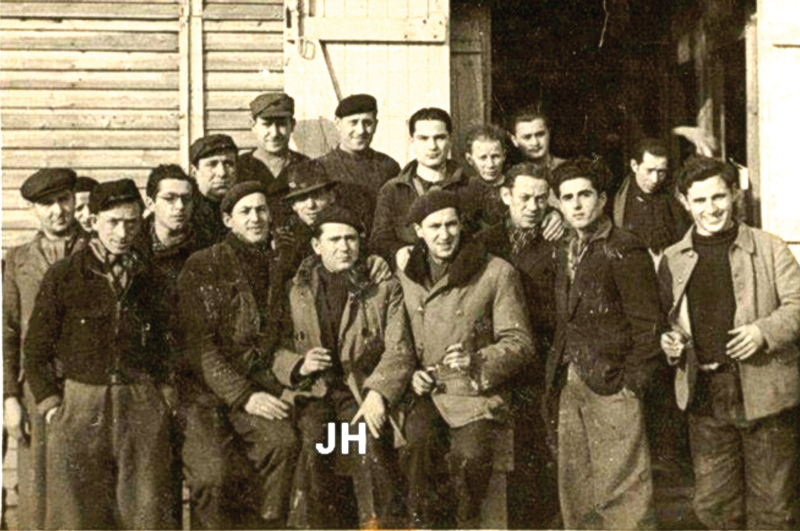 Au camp de Beaune-la-Rolande (11 mars 1942). Archives familiales