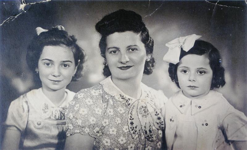 De gauche à droite, Dora, Rachel et Jacqueline Jedynak (1942, sl). Archives familiales