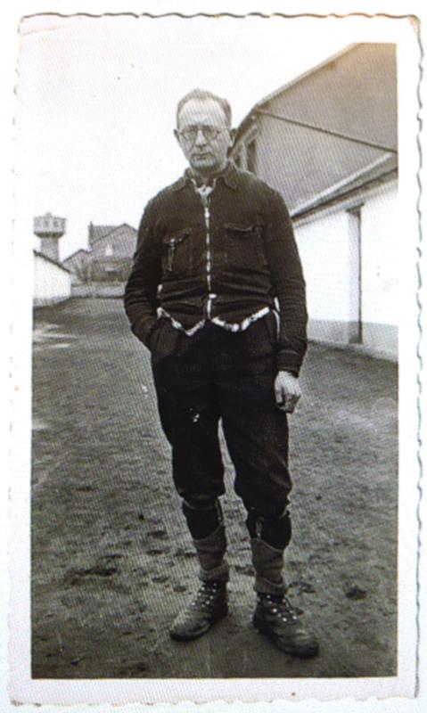 Israël Wartski à la sucrerie de Pithiviers-le-Vieil (23 décembre 1942). Archives familiales