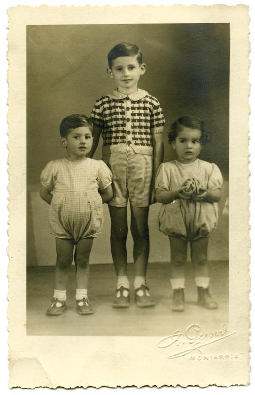 Les trois enfants Kremenstein à la Libération: de gauche à droite, Arnold, Gérard et Fernand. Archives familiales
