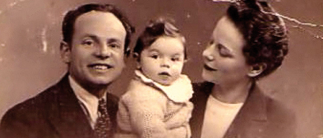 Zwilen et Golda Bezpalczik posant avec leur fille Mireille (sd). Archives familiales