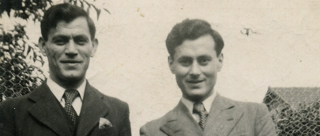 Mendel (à droite) et Albert Schlanger (1939, sl). Archives familiales