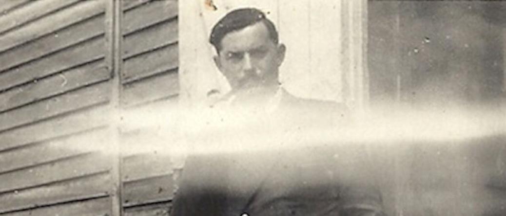 Henoch (Henri) Rausch au camp de Beaune-la-Rolande (entre mai 1941 et juin 1942, sd). Archives familiales