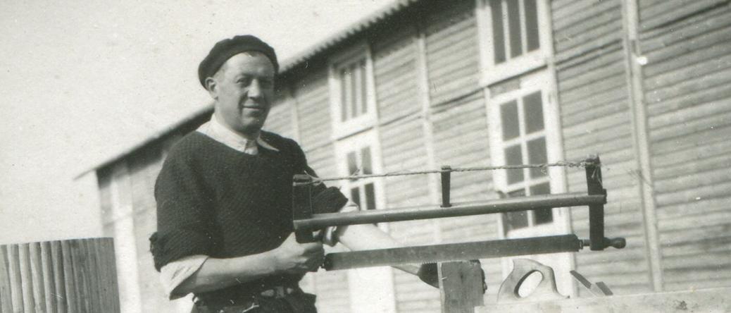 Chaïm Kac au camp de Beaune-la-Rolande (18 mai 1942). Archives Germaine Kac-Mélikian