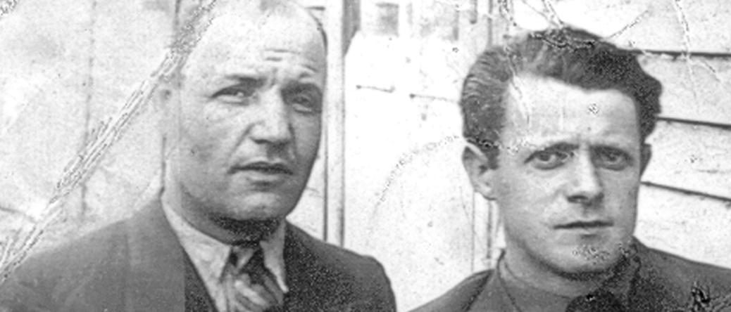 Bernard Honigman au camp de Pithiviers, à gauche (entre mai 1941 et juin 1942, sd). Archives familiales