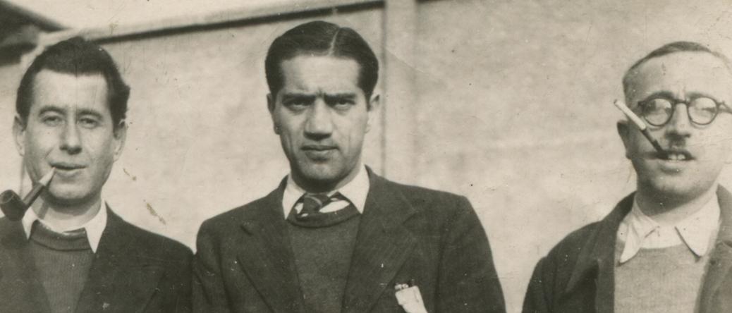 À la sucrerie de Pithiviers-le-Vieil. Jacques Krysztal est au centre (entre octobre 1941 et printemps 1942, sd). Archives familiales